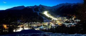 Sci notturno sul Canalone Miramonti, pista della Coppa del Mondo di Sci Alpino