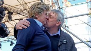 Bacio Landini Camusso