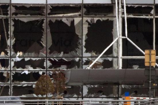 Bruxelles: media, l'Isis rivendica gli attacchi